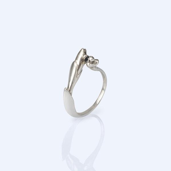 Adéla Schicker   prsten safir